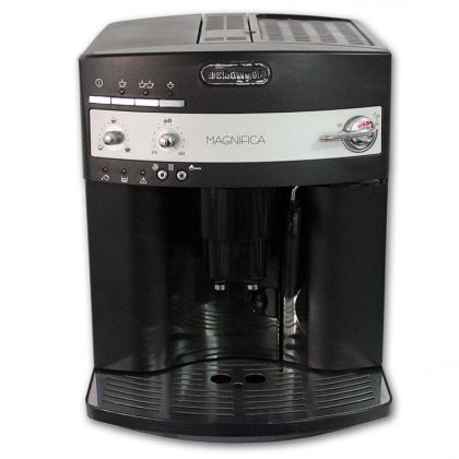 Espressor Automat Delonghi Magnifica ESAM 3000.B, 15 bar, 1350W, 120gr, 1.8l - Reconditionat